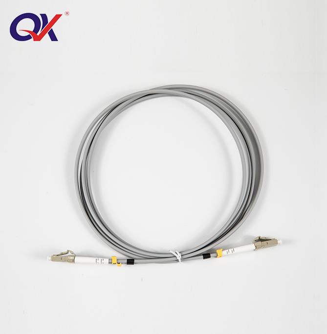 LC-LC 多模双芯光纤跳线